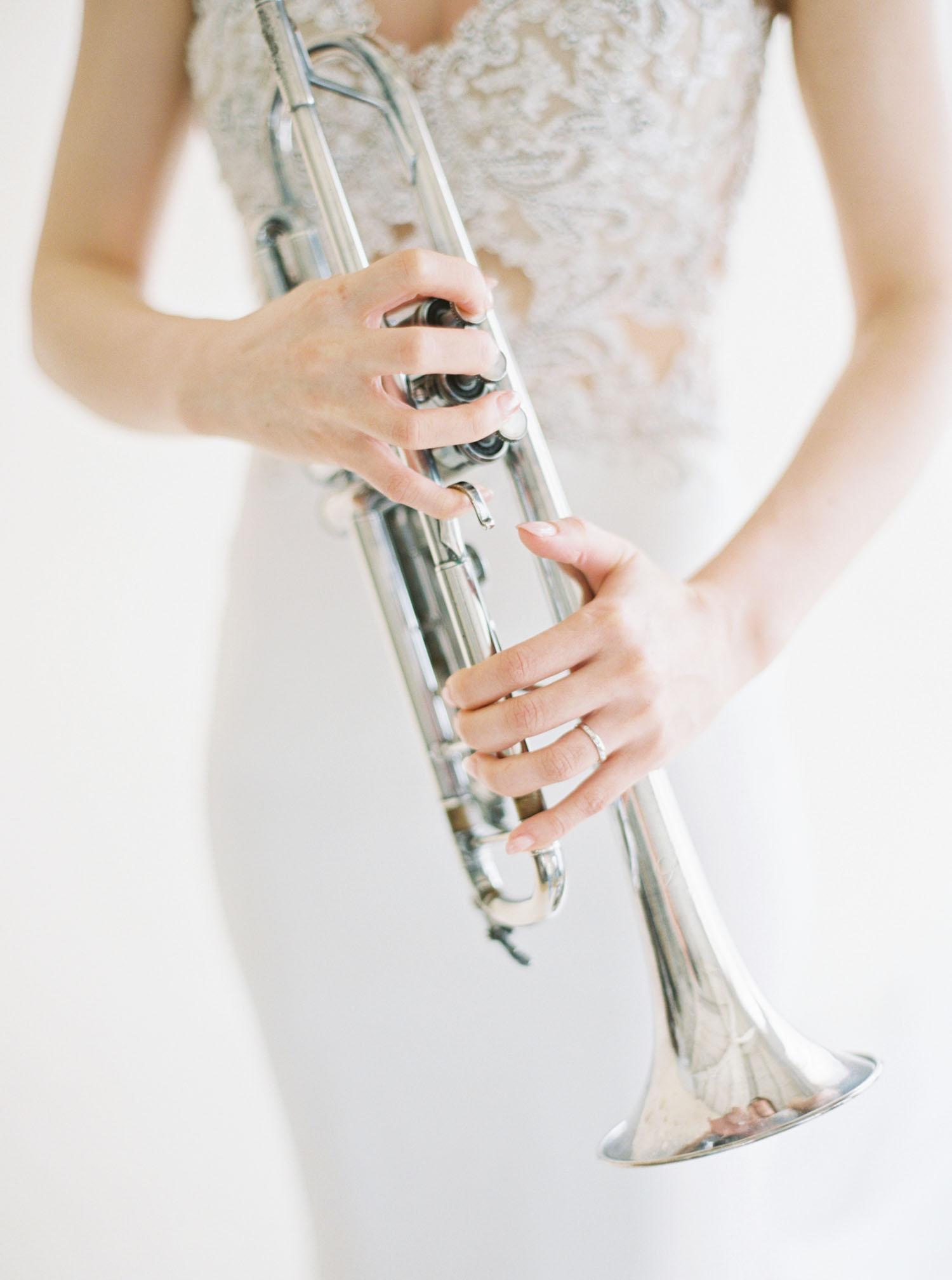 Fine-Art-音樂-小號-底片-婚紗
